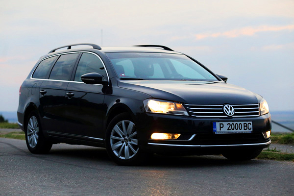 TransferTaxi-EUROPE | 1-Passat-private-transfer-from-bucharest-airport - TransferTaxi-EUROPE
